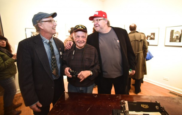 "Art Shay (center) with Firecat Projects gallery owners Stan Klein and Tony Fitzpatrick (left to right), at the opening of ""Art Shay: Nelson Algren's Eternal Chicago.""       Photo by Richard Shay."